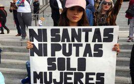 Eiza-González-marcha-con-las-mujeres-en-Los-Ángeles-