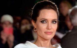"""Angelina Jolie considera el regresar para """"Maléfica 2"""""""