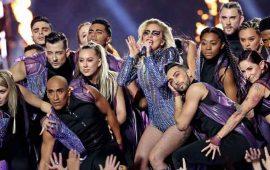 """Lady-Gaga--se-""""vuela""""-el-show-del-medio--tiempo-del-Super-Bowl-LI"""