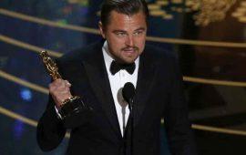 DiCaprio-devuelve-Óscar-de-Marlon-Brando