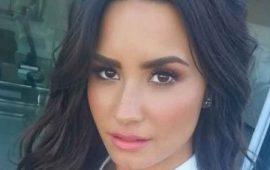 "VIDEO--Demi-Lovato-canta-""Despacito""-en-español-"