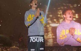 "Justin Bieber recibe botellazo por no saberse ""Despacito"""