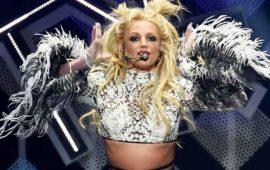 Hombre-armado-interrumpe-concierto-de-Britney-Spears