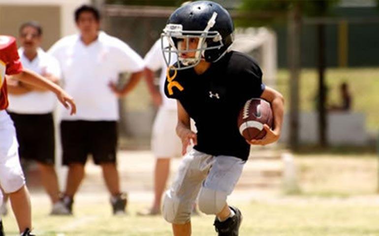 Ninos Menores De 12 Anos Podrian Dejar De Jugar Futbol Americano