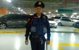 policia-regresa-10-mil-pesos-que-encontro-en-estacionamiento